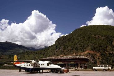 1985 0827 [7] Druk Air Dornier at Paro airport (1)