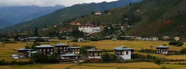 Paro-Valley-and-Dzong